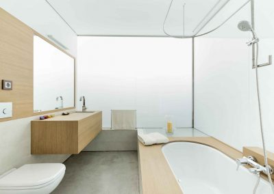 bathroom dezanove house luxury private holiday beach villa rental in Galicia Spain - upstairs