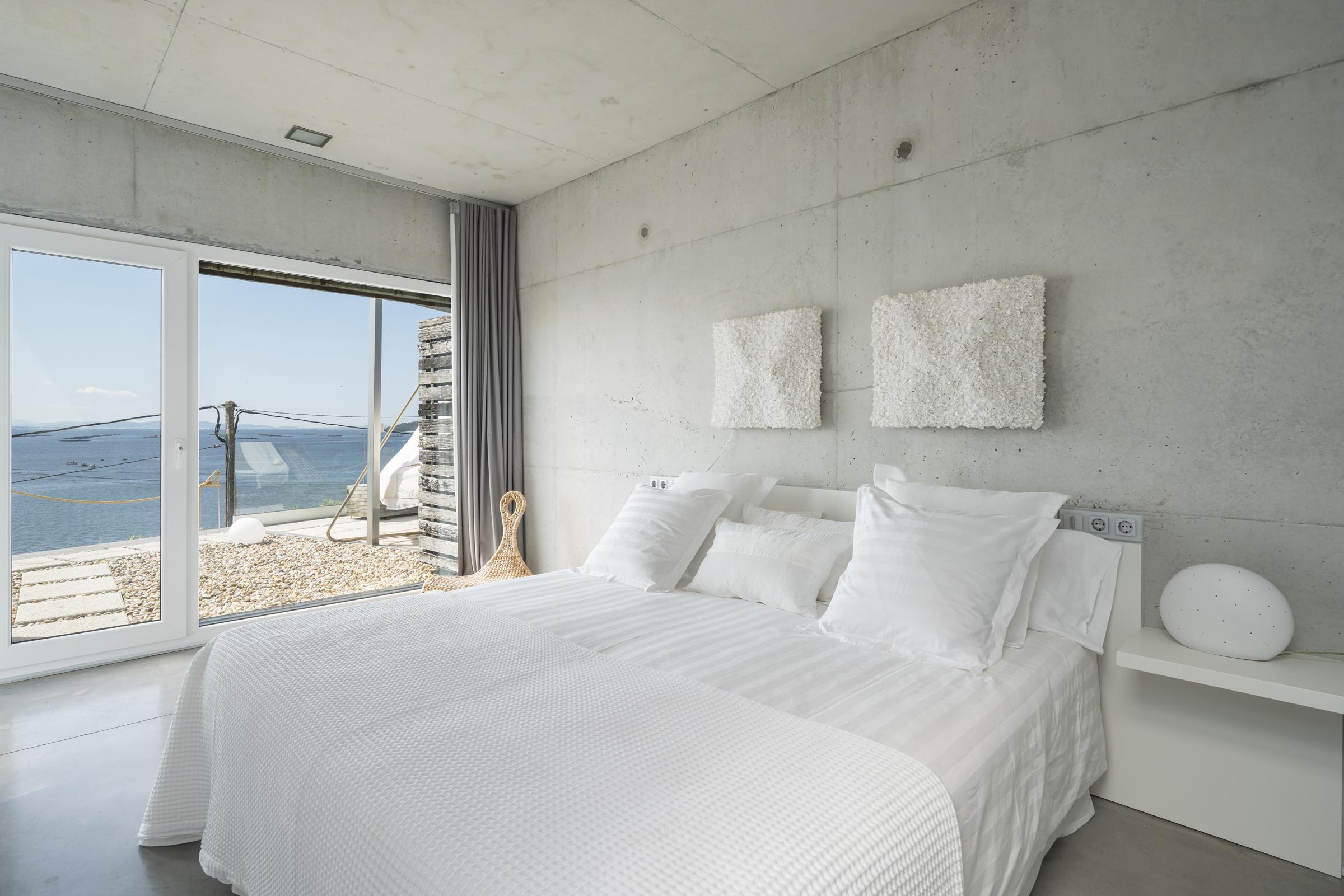 dezanove-house-luxury-villa-galicia-bedroom-2