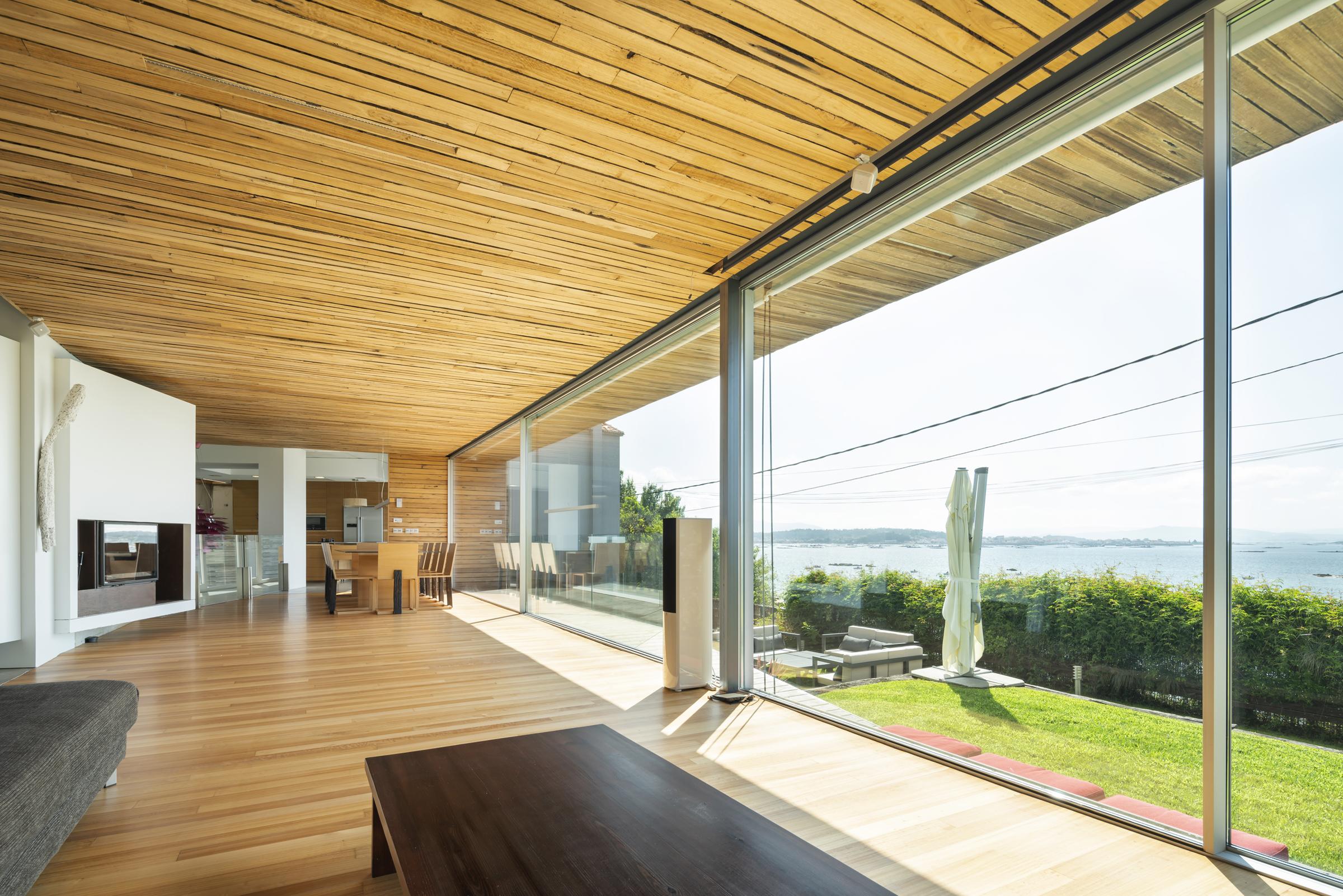 dezanove-house-luxury-villa-galicia-living-2