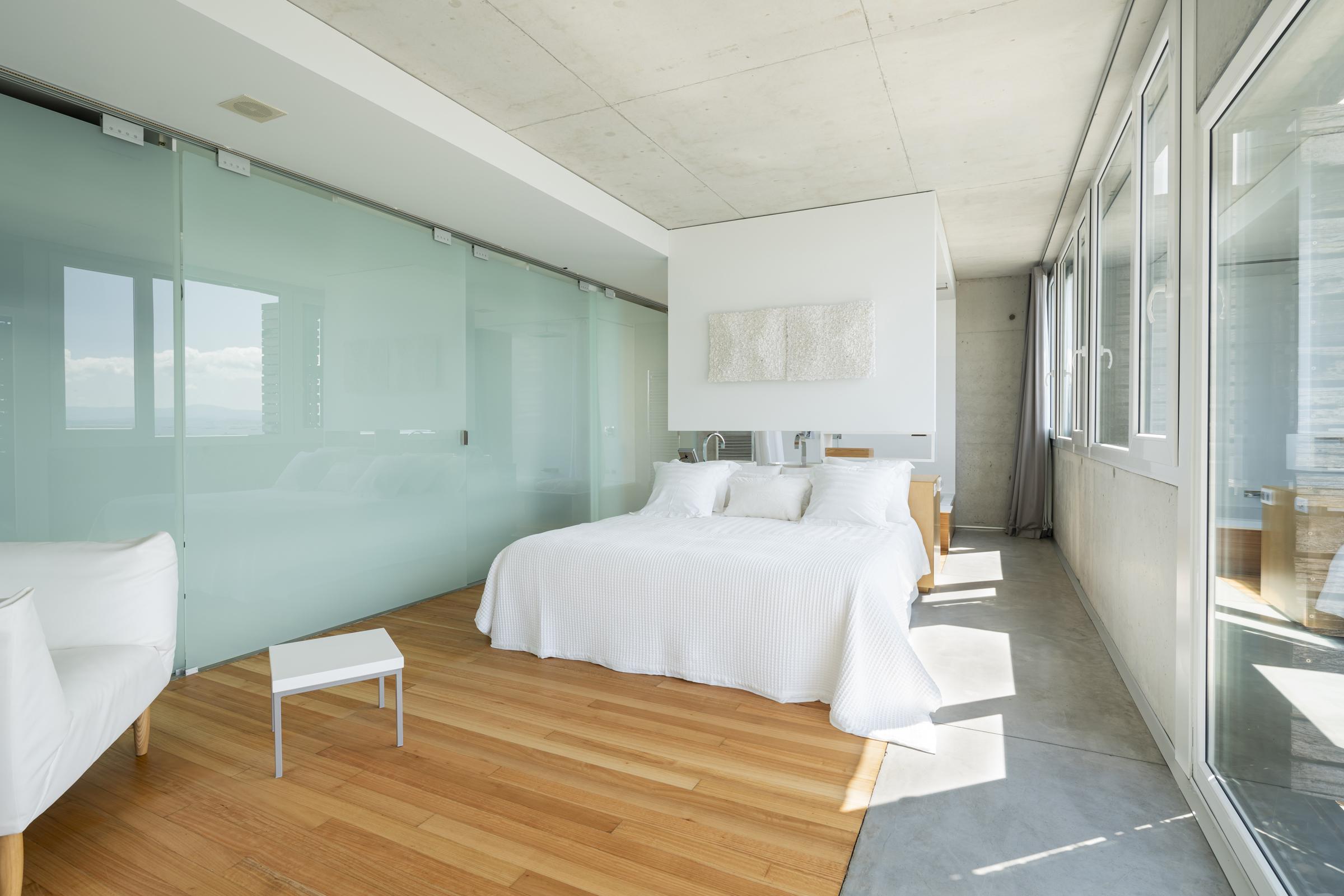 dezanove-house-luxury-villa-galicia-master-1