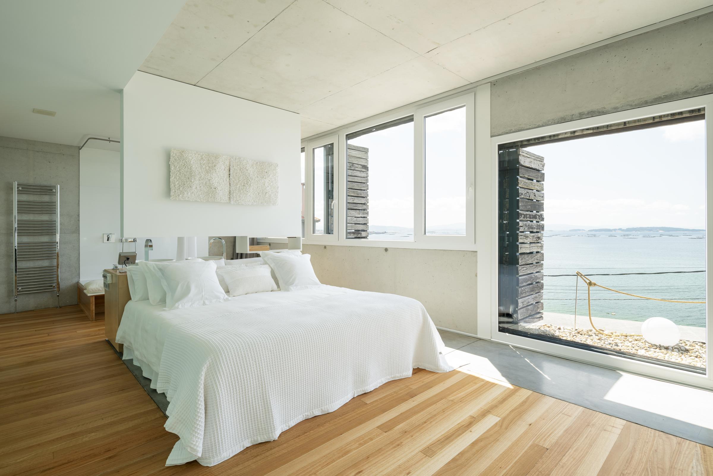 dezanove-house-luxury-villa-galicia-master-2