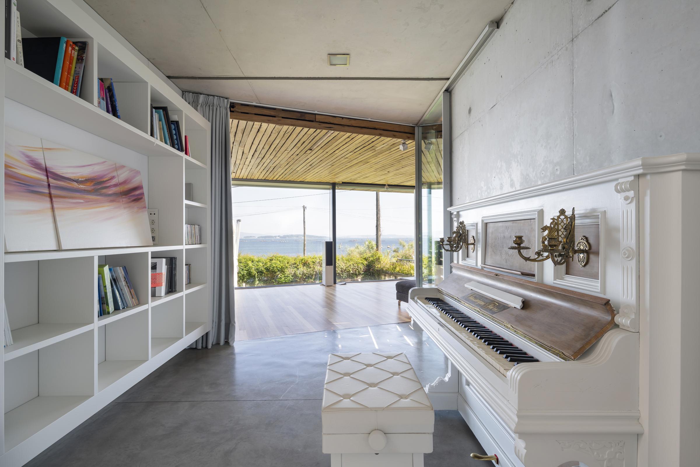 dezanove-house-luxury-villa-galicia-piano-1